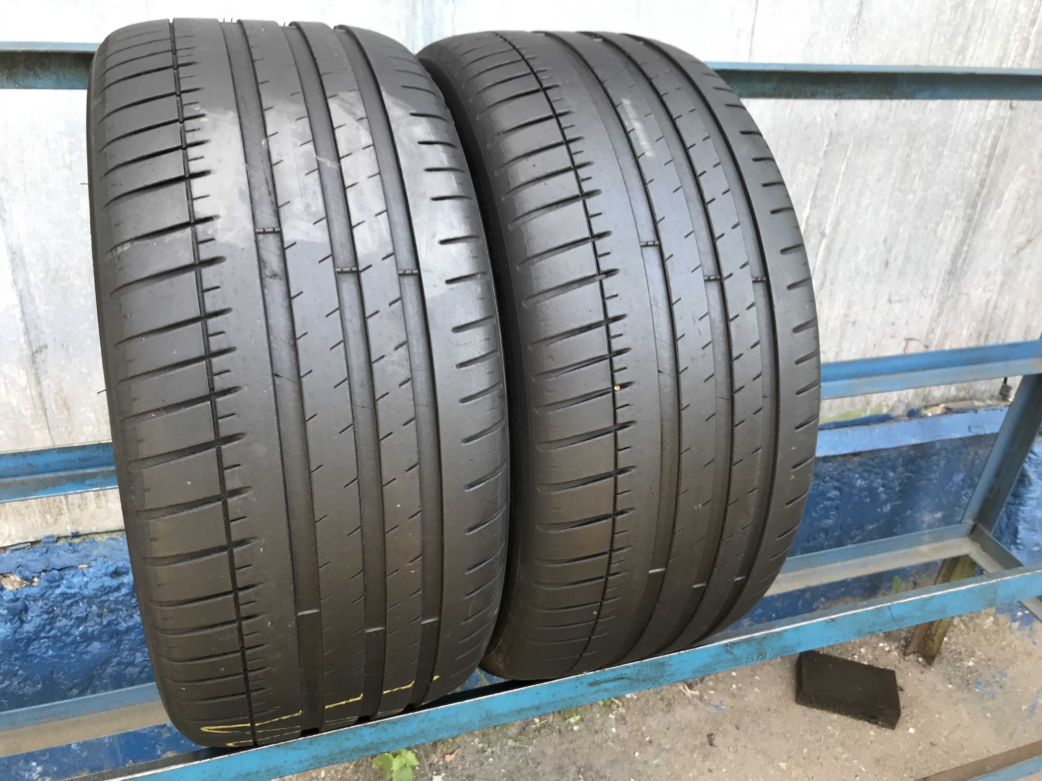 265 35 19 Michelin Pilot Super Sport w