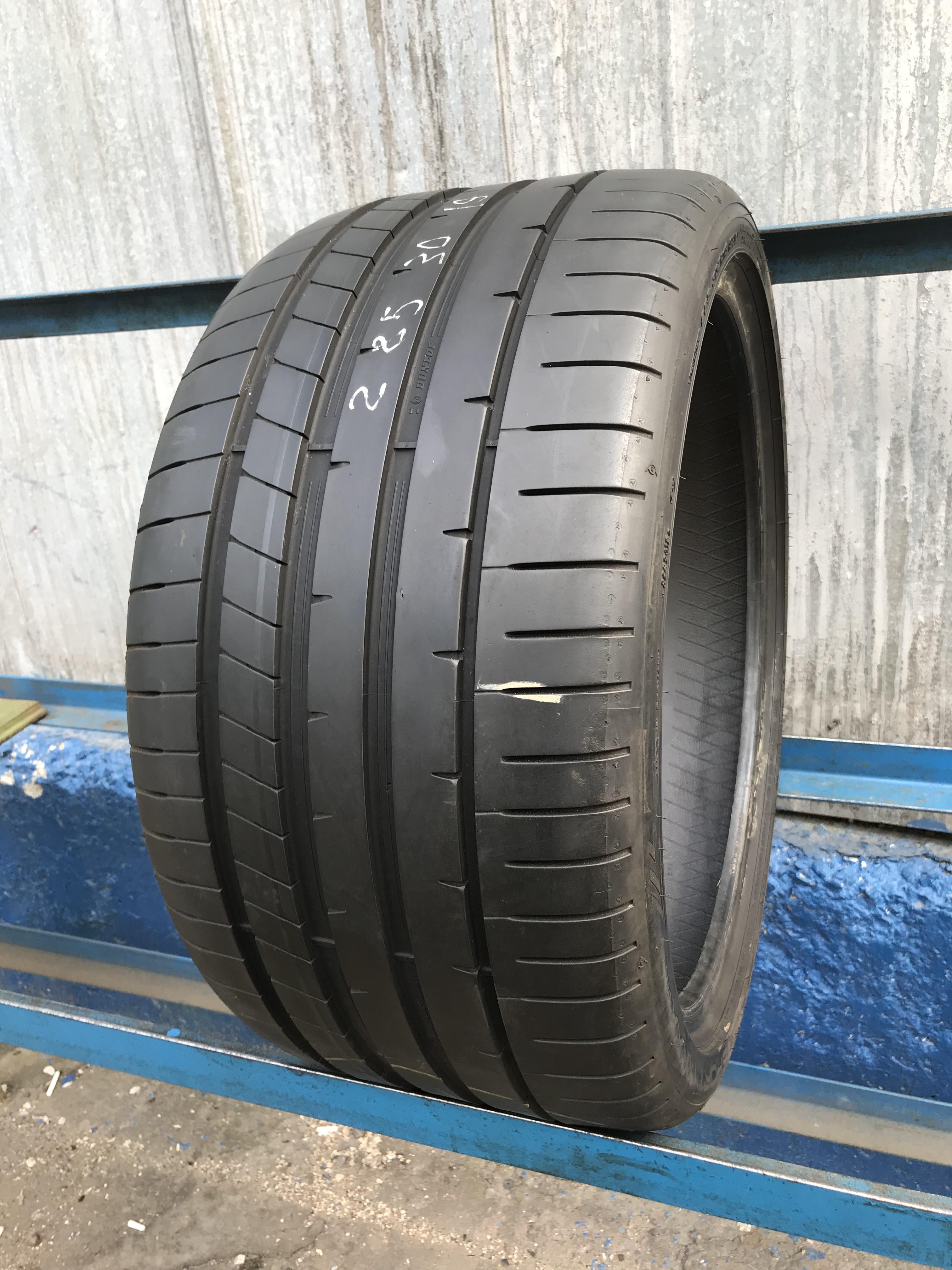 285 30 19 Dunlop SP Sport Maxx RT2 w