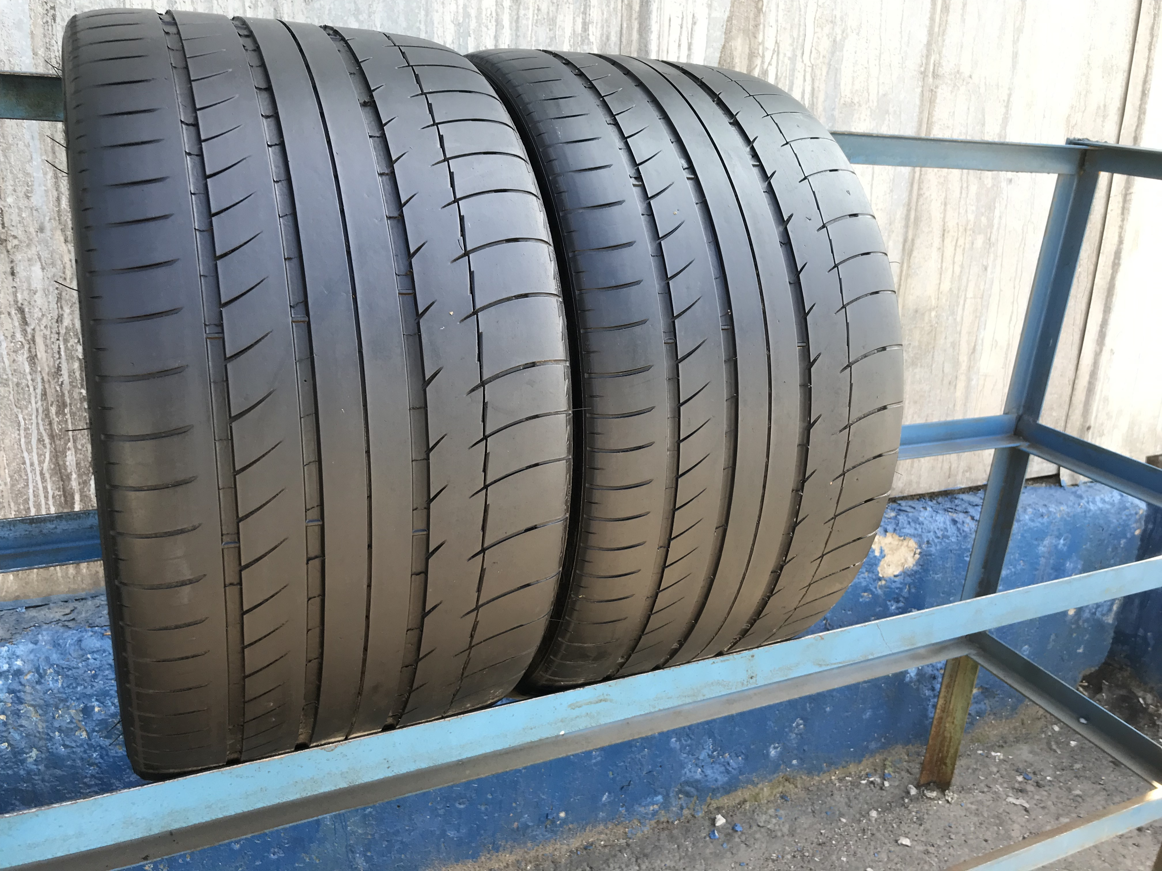 305 30 19 Michelin Pilot Sport PS2 w