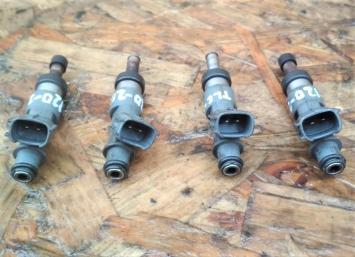 Форсунка топливная Toyota Land Cruiser Prado 120 2TRFE 23209-79155