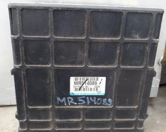 Блок управления двигателем Mitsubishi Montero 3 MR514089