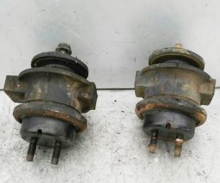 Опора двигателя Nissan Patrol Y61 ZD30DDTi  11220-VB911