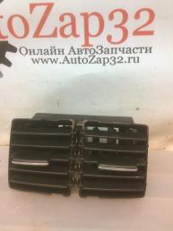 Дефлектор Mercedes X164 GL   А1648300454 А1648300454