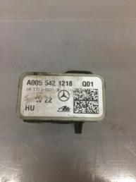 Датчик ускорения Mercedes X164 GL  А005 542 12 18 А005 542 12 18