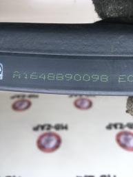 Уплотнитель капота Mercedes W164 1648890098