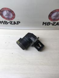Клапан рециркуляции выхлопных газов Mercedes W164 6421400860