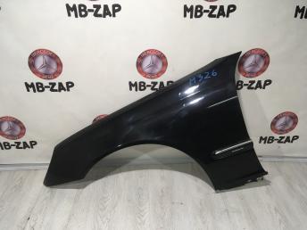 Крыло переднее левое Mercedes W203 2038800118