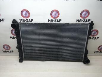 Радиатор основной Mercedes W203 2035003403