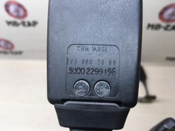 Ответная часть ремня безопасности Mercedes W203 2038602069