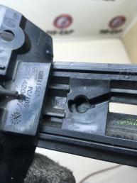 Ручка сброса ручного тормоза Mercedes W164 2514200077