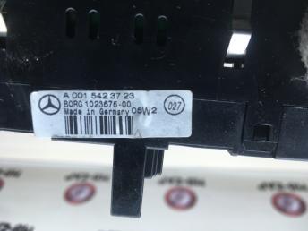 Индикатор парктроника MMercedes W164 0015423723