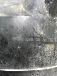 Подкрылок передний Mercedes W220 AMG 2206980530