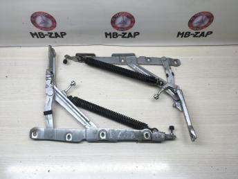 Петля багажника левая Mercedes W220 2207500987