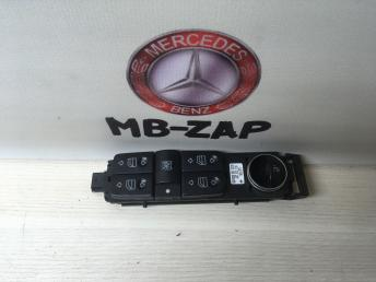 Блок управления стеклоподъемниками Mercedes W220 2208213179