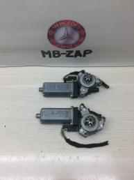 Моторчик регулировки сидений Mercedes W211 0390203003