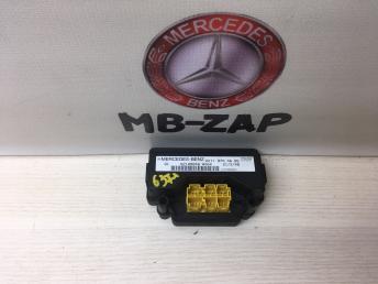 Блок управления регулировок сидения Mercedes W211 2118701585