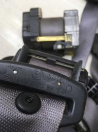 Ремень безопасности Mercedes W210 2108600385