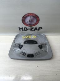 Плафон салонный передний Mercedes W203 2038204601