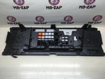 Накладка багажника Mercedes W211 2115450246