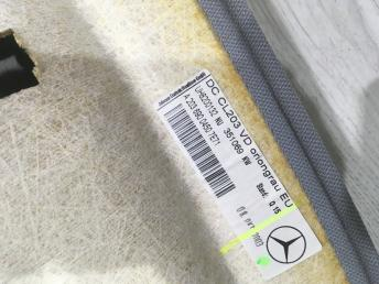 Обшивка потолка Mercedes W203 2036900450