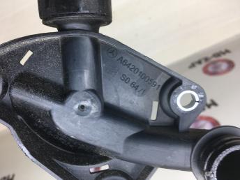 Клапан вентиляции картерных газов Mercedes Om642 6420100591