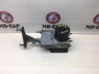 Блок ABS ESP Mercedes W203 0054310712