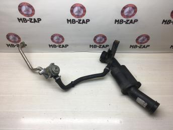 Патрубок интеркулера + клапан Mercedes M271 2710902137