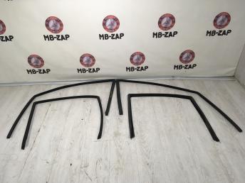 Накладка дверной арки Mercedes W220 Япония 2207350125