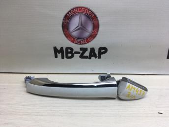 Ручка двери задняя левая Mercedes W220 2207601170