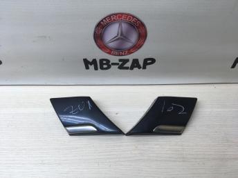 Молдинг крыла задний Mercedes W220 2206900362