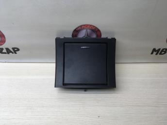 Пепельница задняя Mercedes W212 2126803850