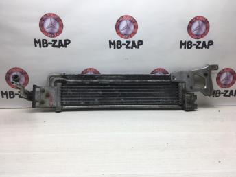 Радиатор охлаждения маслянный Mercedes W204 2045001001