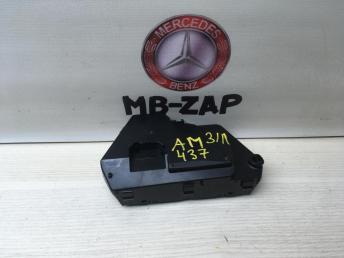 Блок управления сидением Mercedes W220 Япония 2208211558