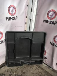 Ящик багажника Mercedes W211 Wagon 2116802252