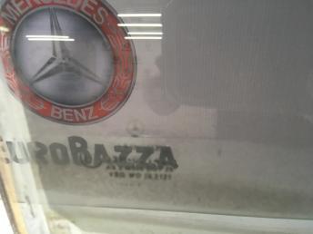 Стекло заднее правое Mercedes W220 2207300418