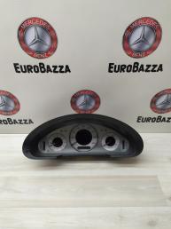 Панель приборов Mercedes W211 2115406011