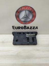 Блок комфорта правый Mercedes W203 Conversion 2038700426