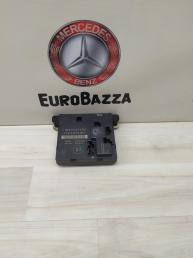 Блок комфорта задний левый Mercedes W211 2118704026