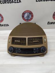 Воздуховод центральный + климат Mercedes W211 2118301954