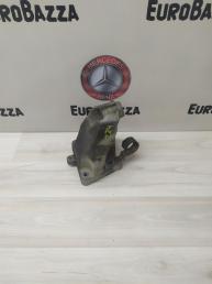 Опора двигателя правая Mercedes W164 6422230504