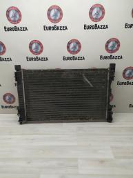 Радиатор охлаждения основной Mercedes W203 2035004703