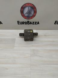 Подушка АКПП Mercedes W211 2122400418