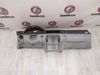 Передняя панель Mercedes W220 S 2208800040