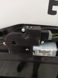Люк электрический в сборе Mercedes W221 2217800029