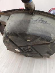 Ниша запасного колеса Mercedes W220 2206100075