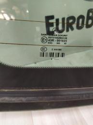 Стекло заднее Mercedes W212 2126701580
