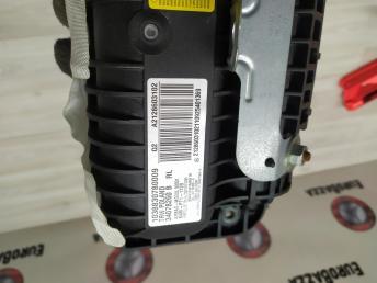 Подушка безопасности в торпеду Mercedes W212 2128603102