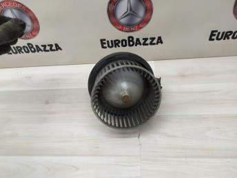 Радиальный вентилятор отопителя салона Mercedes W212 2128200708