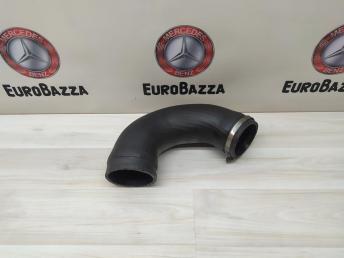Патрубок охлаждения Mercedes Om628
