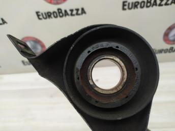 Подвесной подшипник Mercedes W212 2044101181